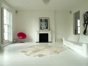 white hardwoods pink chair