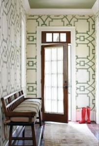 Entry Way wall paper w green celing