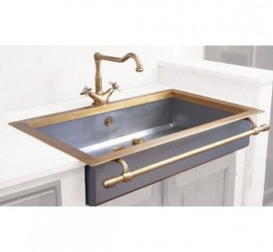 Gold Trimmed Sink