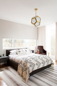 Tribal bed w mod lamp