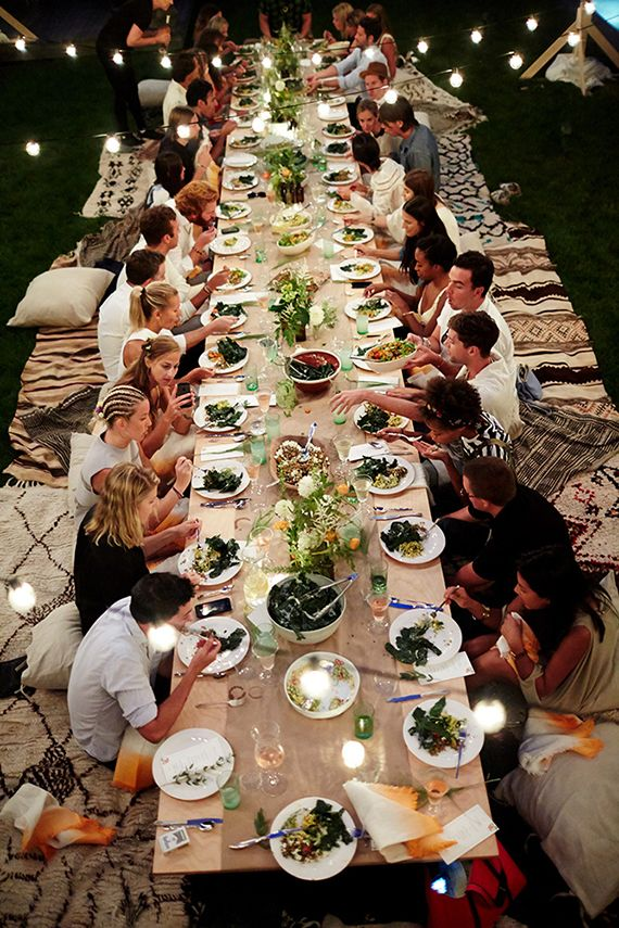 Backyard Long Table W Rugs