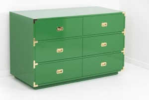 kelly green dresser room service