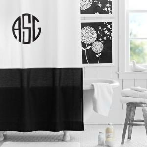 mono show curt black white