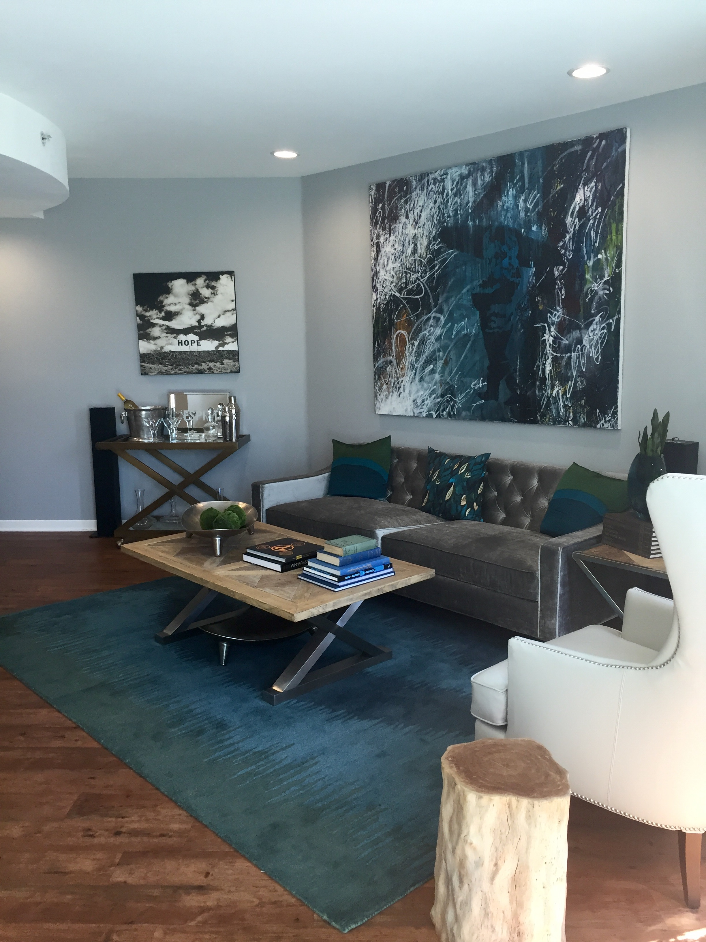 Staged to sell tips for staging your home to sell for top for Tips on staging your home